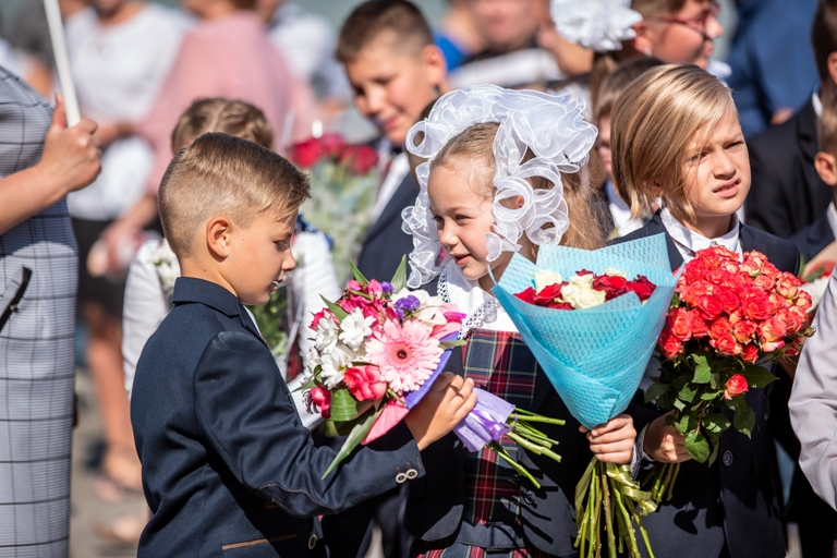 Руководство подкорректировало правила «путинской» выплаты в 10 тысяч руб. наребенка
