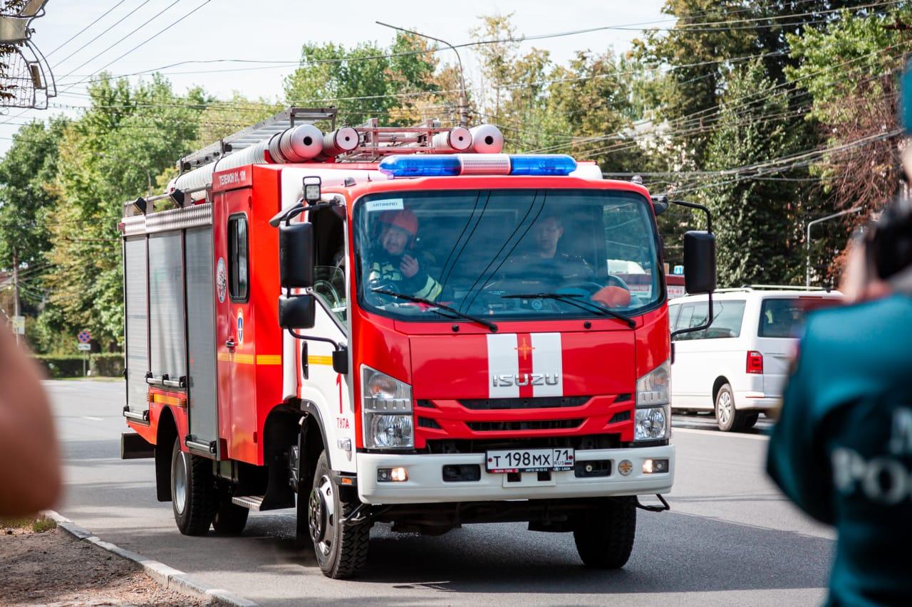 В Алексине сгорел микроавтобус