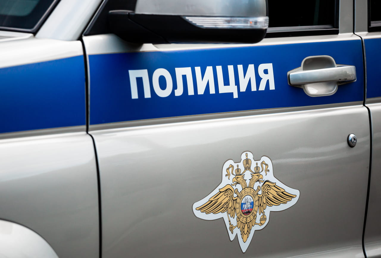 Полиция проводит проверку по факту возгорания машин в поселке Теплое