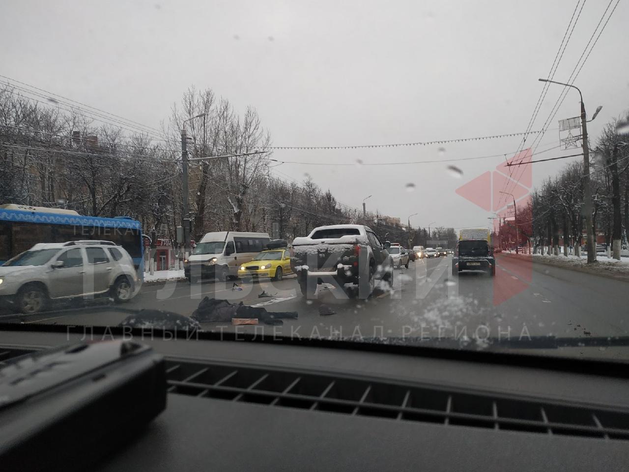 Госавтоинспекция: в Туле на проспекте Ленина мужчину сбили два автомобиля