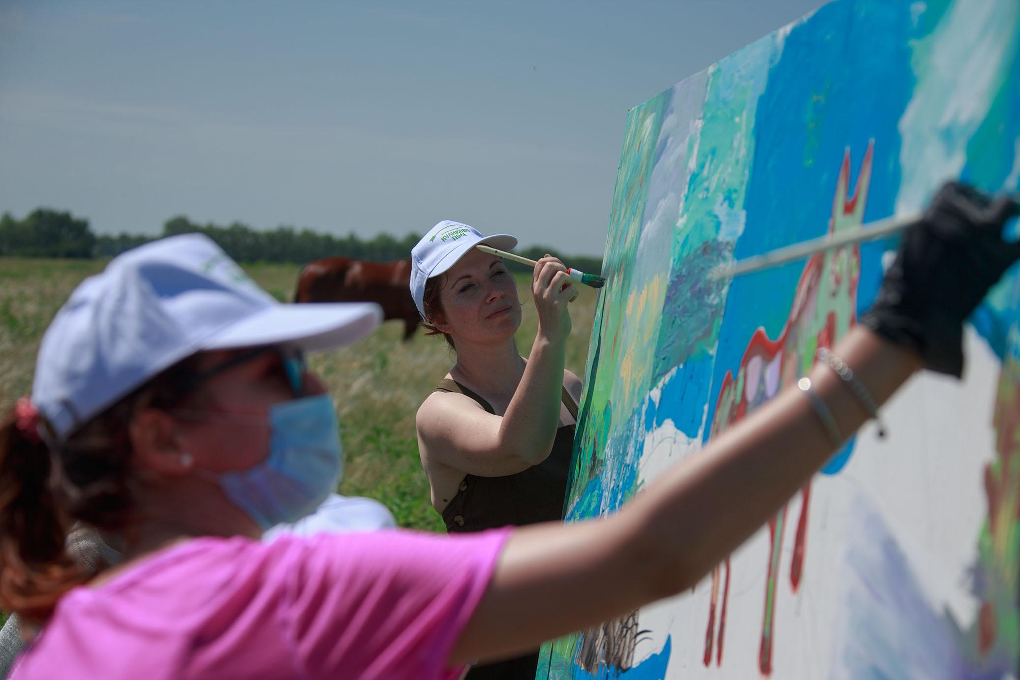 Куликово поле приглашает художников запечатлеть цветущую ковыльную степь