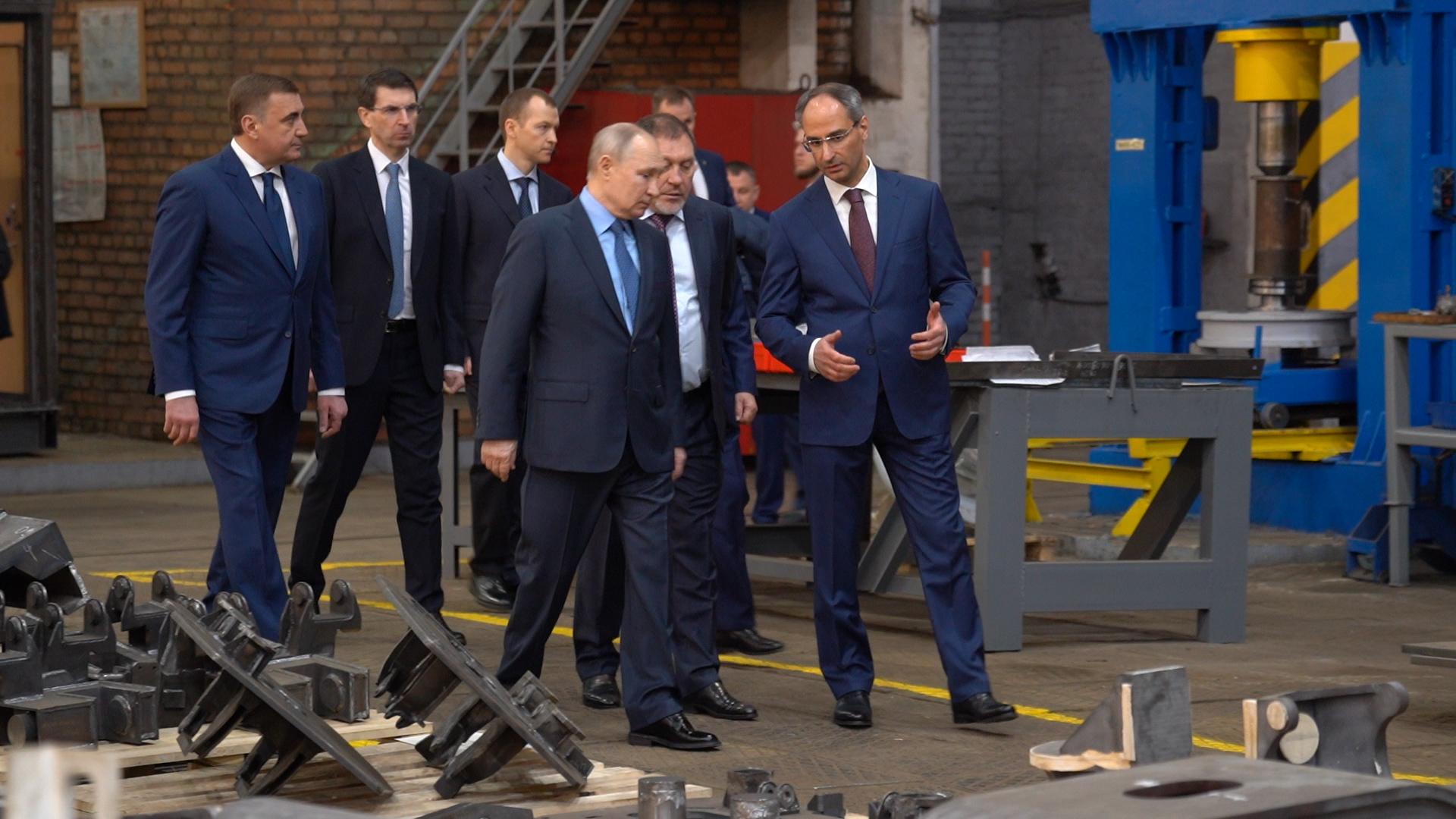 Владимир Путин - в Туле. Фото