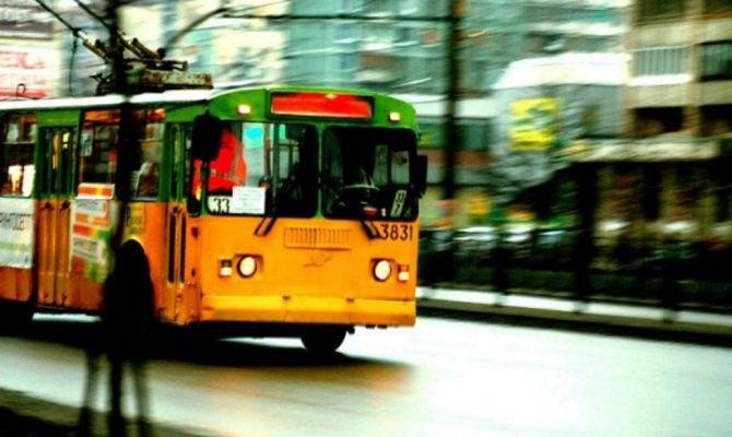 Россияне стали реже пользоваться общественным транспортом