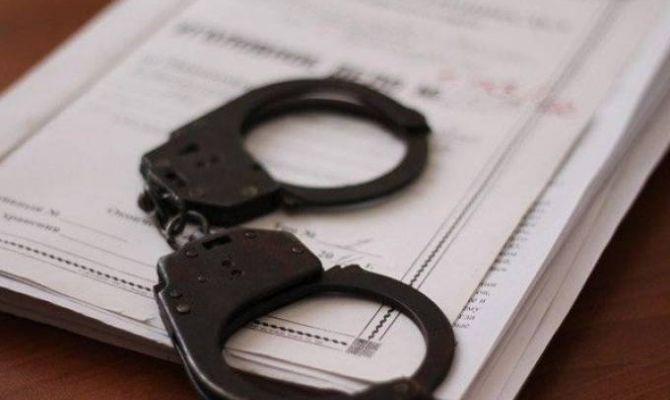 В отношении туляка, напавшего на полицейского, возбудили два уголовных дела