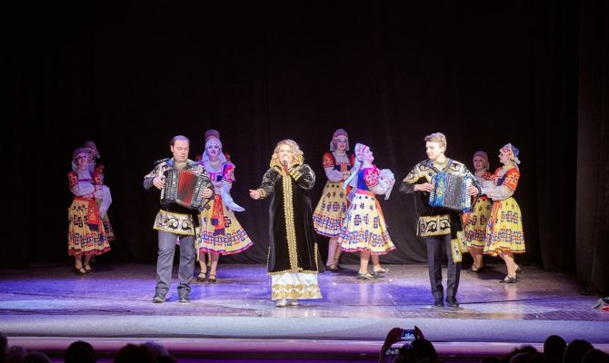 Для туляков выступят Анна Кузьмищева и хореографический ансамбль «Варенька»