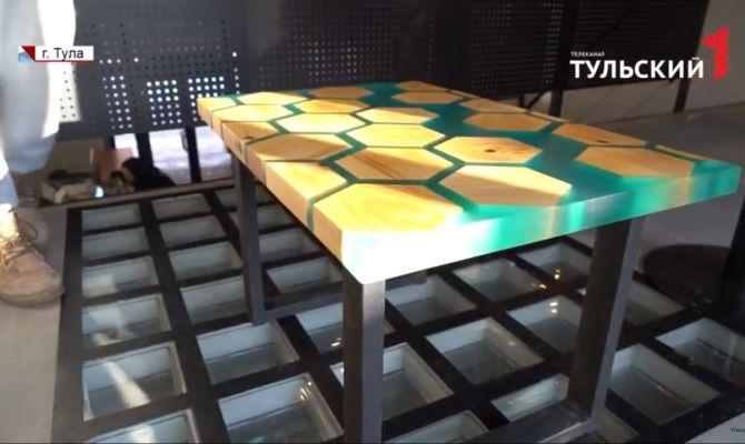 Авторская мебель 21-летнего туляка украшает городские кафе