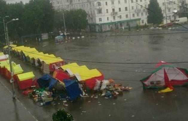 Новомосковск: потоп у «Карусели» и «летающие палатки»