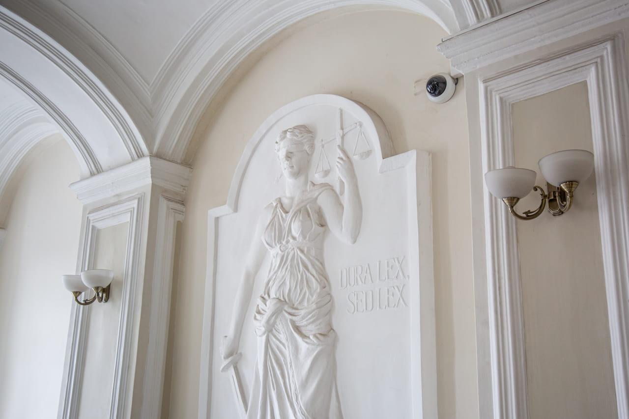 Туляк через суд хочет вернуть водительские права