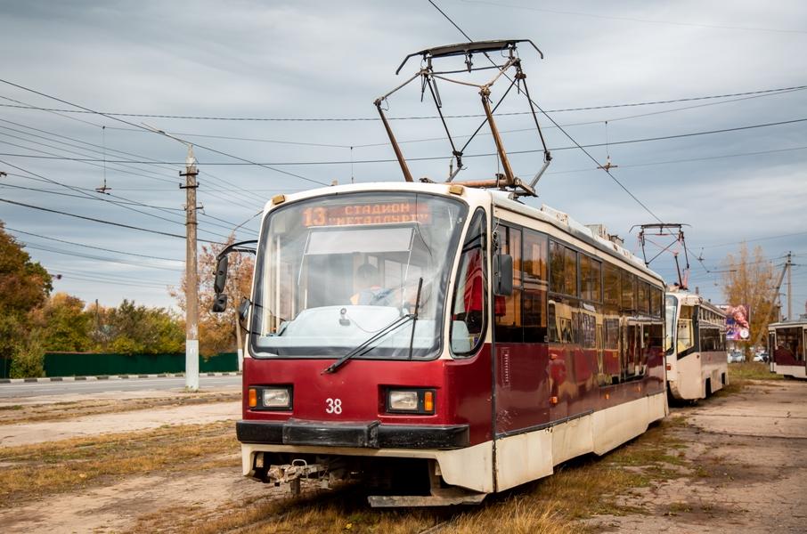 В Туле мужчина попал под колеса трамвая