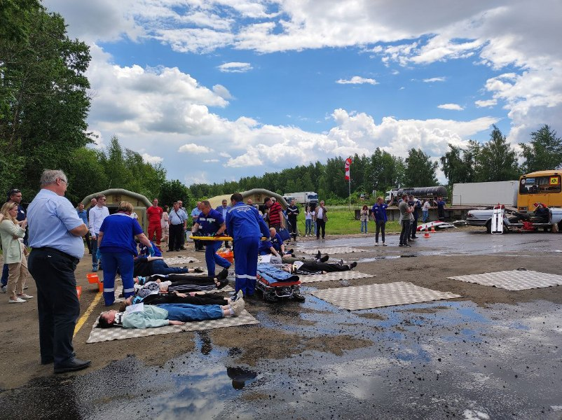 """Спасатели """"потушили"""" пожар в Тульском арбитражном суде"""